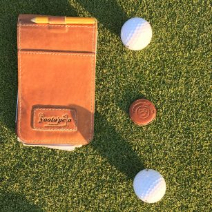Pars Birdie Green ball marker with the Foxy Brown
